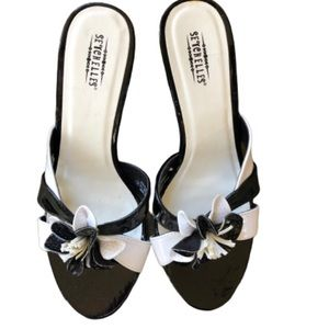 Seychelles Black/white flower wedge heel size 8